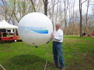 earth-day-bill-howard-balloon-4-26-2014